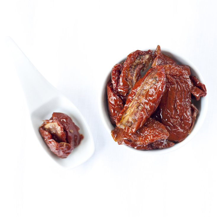 Sun dried tomatoes in oil